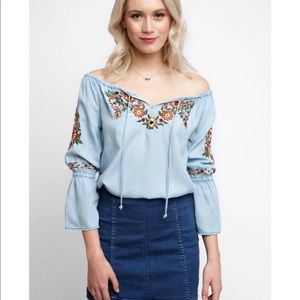 Like new Cupcakes and Cashmere light denim top
